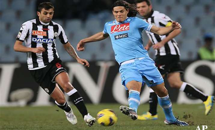 napoli draws 0 0 at udinese in serie a