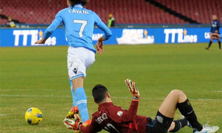 napoli beats inter 2 0 in cup quarterfinals