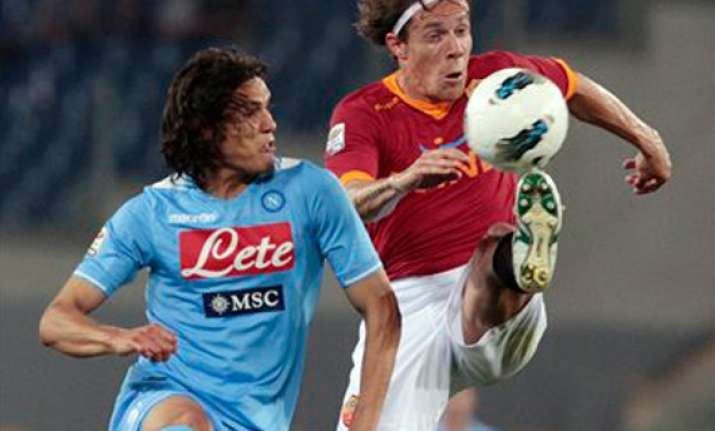 napoli and roma draw 2 2 in serie a