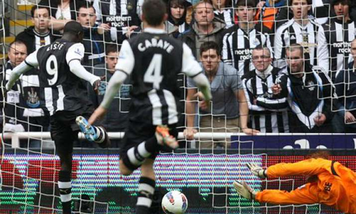 newcastle surging as spurs chelsea falter