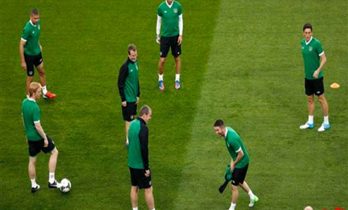 no room for niceties when italy meets ireland