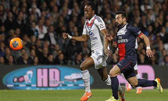 psg loses 1 0 at lyon in french league