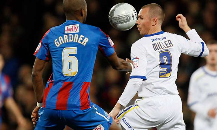 palace beats cardiff 1 0 in league cup semifinals