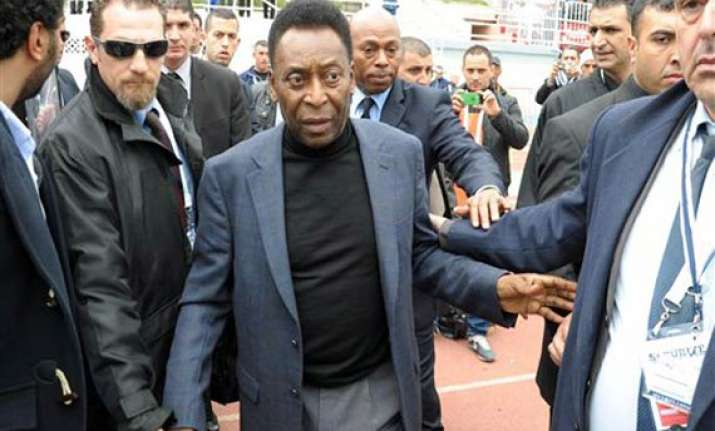 pele fears protests could ruin world cup