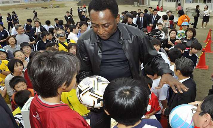 pele says brazil not ready to host world cup