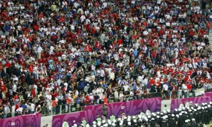 poland expels third russian football fan