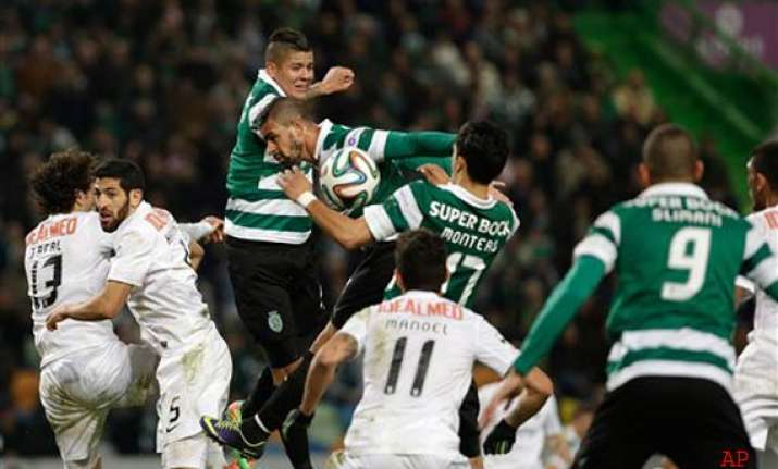 portuguese league sporting held 0 0 by academica