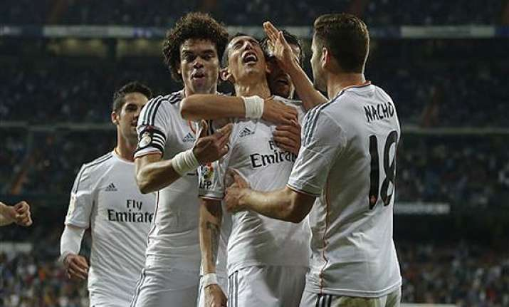 real madrid whitewash almeria 4 0