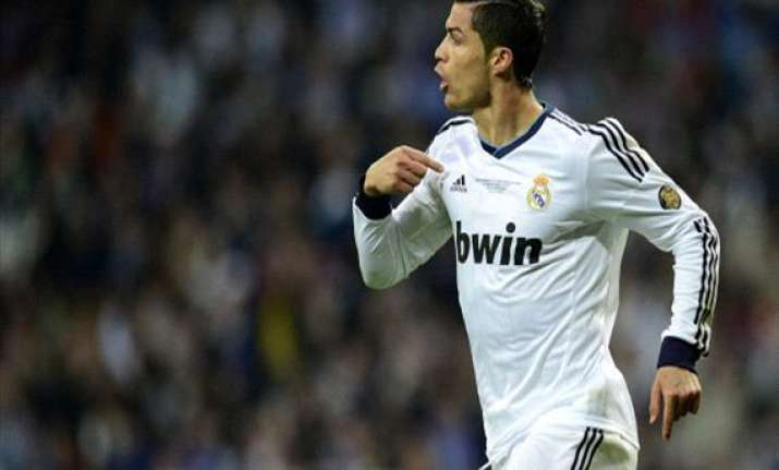ronaldo commits to madrid carvajal returns