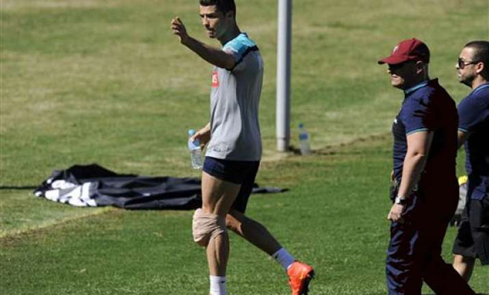 ronaldo cuts short training session for portugal