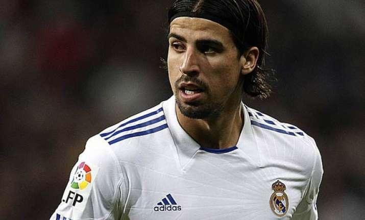 sami khedira returns to real madrid squad after leg injury