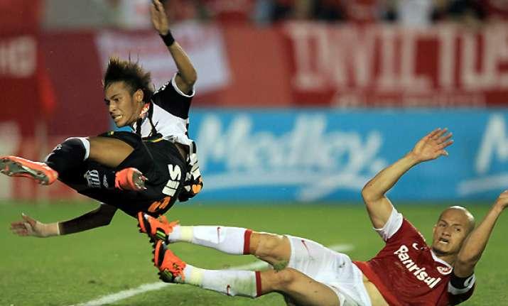 santos draws 1 1 with inter in copa libertadores