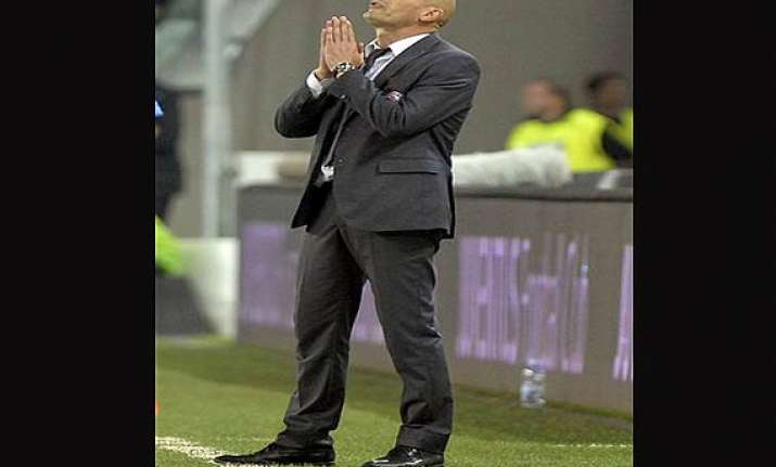 serie a relegation threatened livorno switches coaches