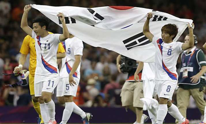 south korea gets olympic soccer bronze beats japan 2 0