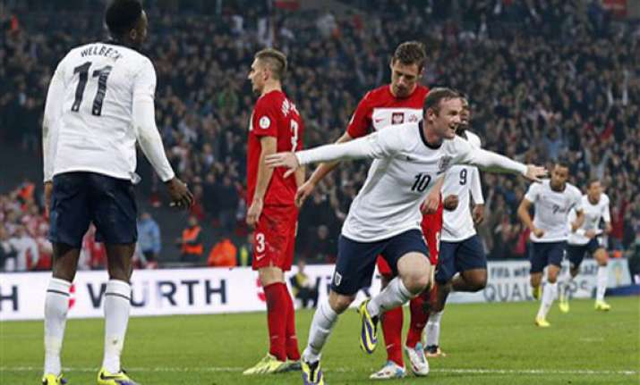 spain england bosnia qualify for world cup
