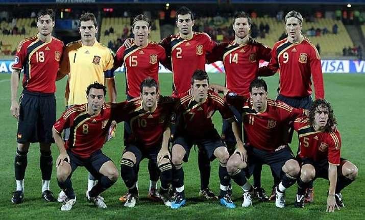 spain tops fifa rankings uruguay up to no. 5