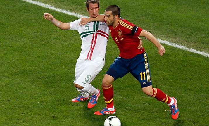 spain s attack struggles without villa