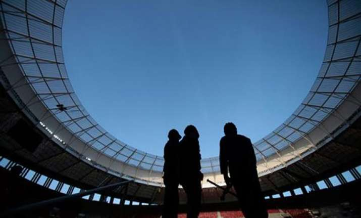 stadium roof collapses in brazil was set to host