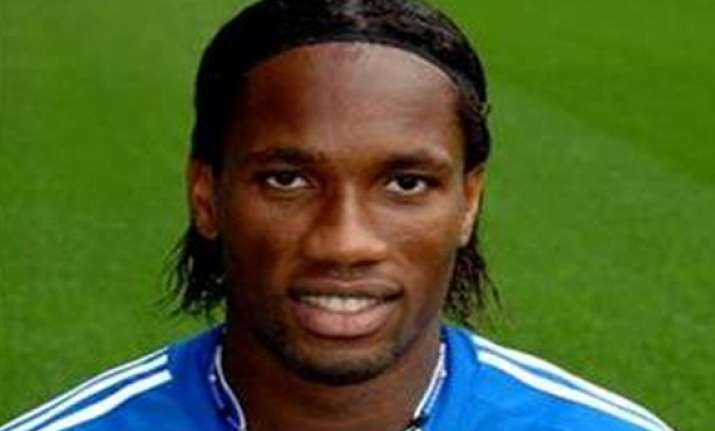 star footballer drogba feels dhoni is a good leader