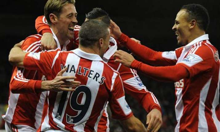 stoke beats arsenal 1 0 to claim another upset