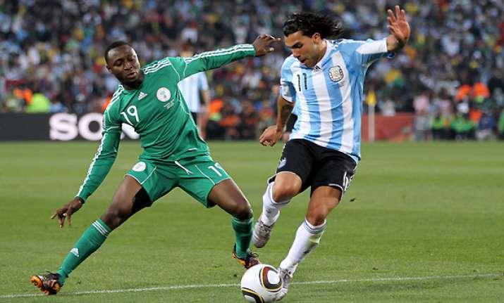 striker chinedu obasi moves to schalke