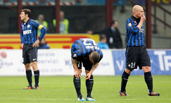 struggling inter held to a 0 0 draw by atalanta