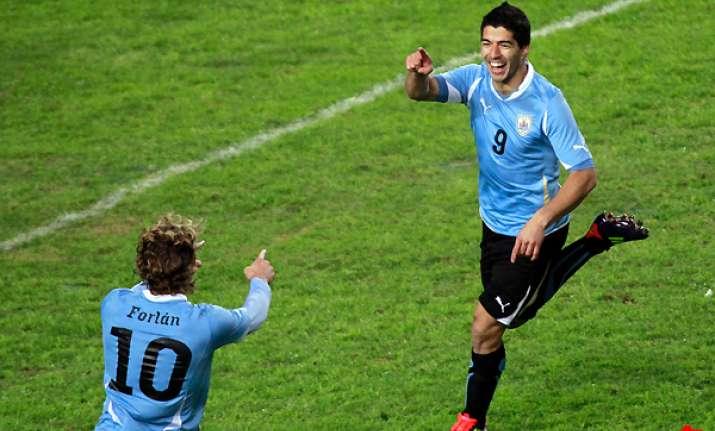 suarez s 2 goals put uruguay into final