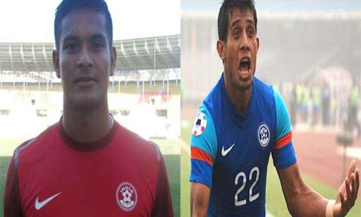 subrata paul nabi to play for mumbai in indian super league
