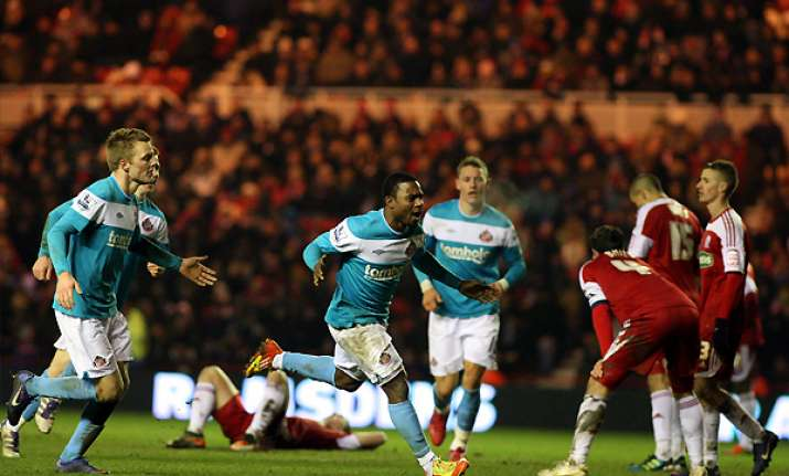 sunderland beats boro 2 1 in fa cup replay