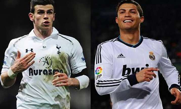 support don t pressurise bale says ronaldo