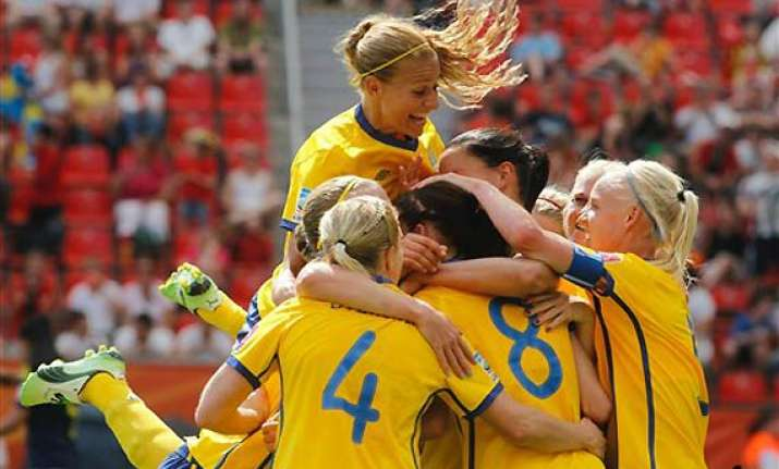 sweden beats colombia 1 0 in women s world cup