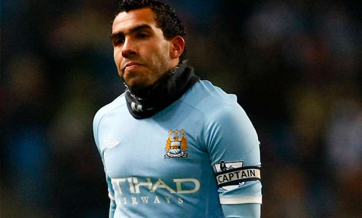 tevez apologizes to man city after 5 month feud