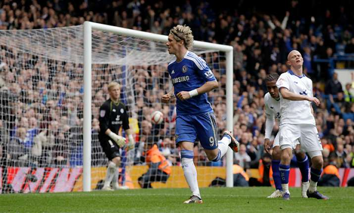 torres ends drought as chelsea reaches semifinals