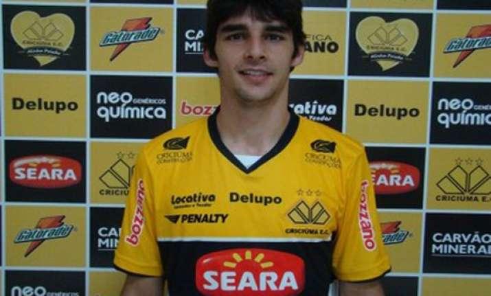 victory signs brazilian midfielder finkler