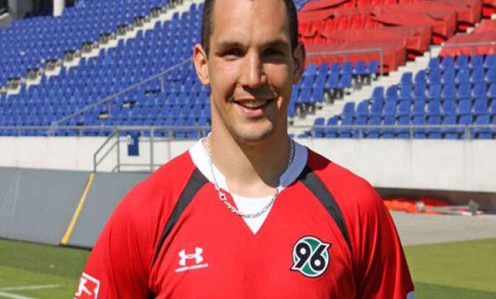 wolfsburg signs defender pogatetz from hannover