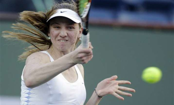 azarenka outlasts barthel at indian wells