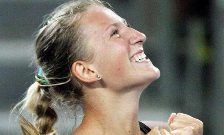 azarenka to play niculescu in luxembourg final