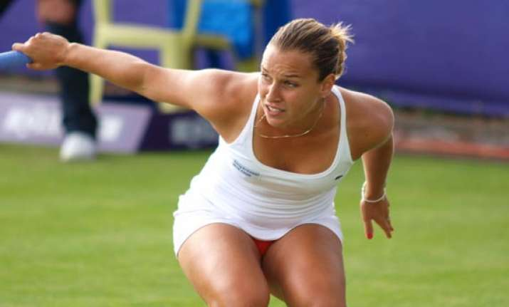cibulkova outlasts radwanska to win at stanford