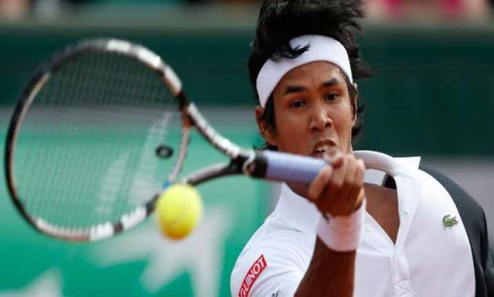 devvarman knocked out of wimbledon qualifiers