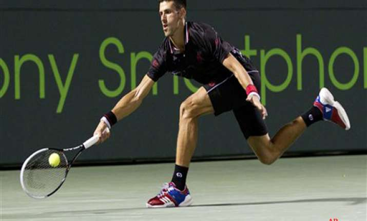 djokovic beats monaco to reach key biscayne final