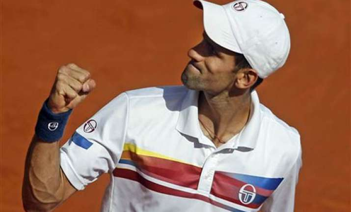 djokovic reaches semifinals without playing