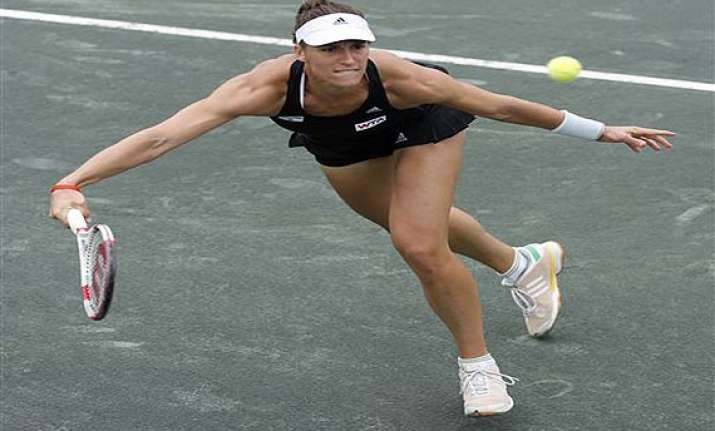 fed cup petkovic gives germany 1 0 lead in semi