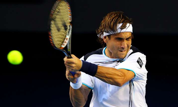 ferrer advances to 2nd round at mexican open
