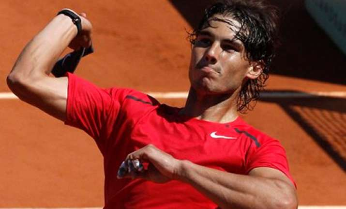 ferrer routs sijsling into unicef open semifinals