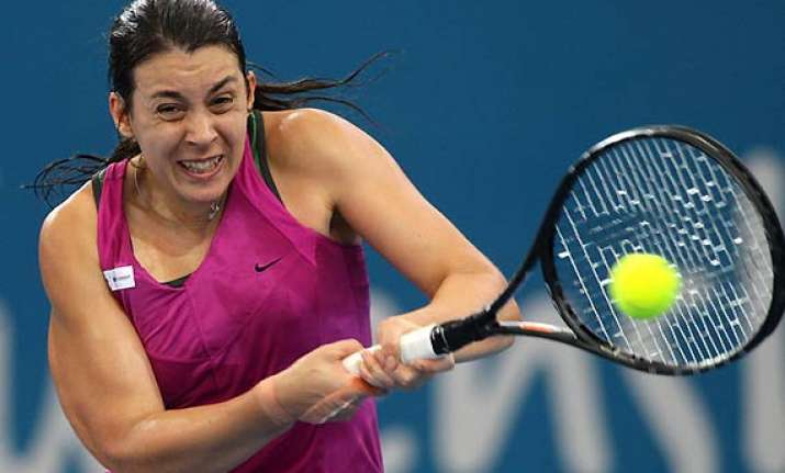 france wins opening match over china at hopman cup