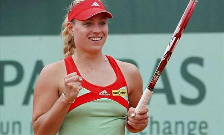 generali ladies top seed kerber beats ivanovic in final