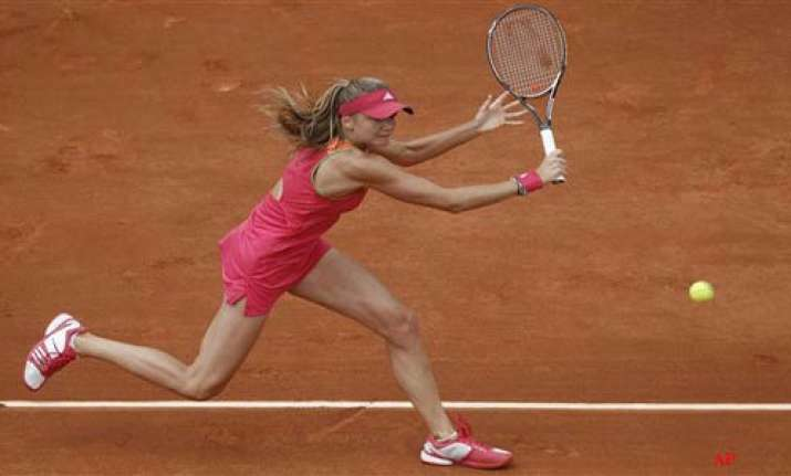 hantuchova stuns wozniacki in french open