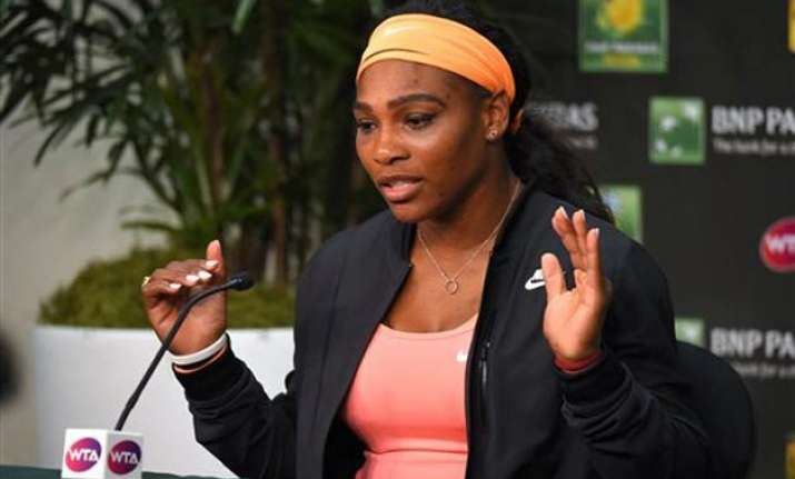 serena williams withdraws from indian wells with knee injury