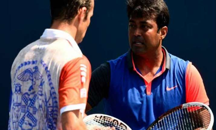 paes enters chennai open 2nd round with straight sets win