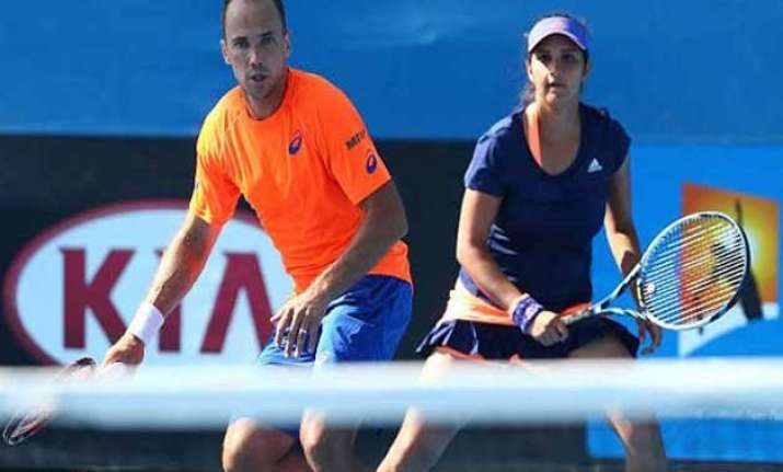 australian open 2015 sania soares enter mixed doubles third